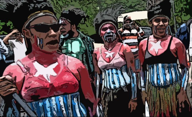 Papua_protest_women