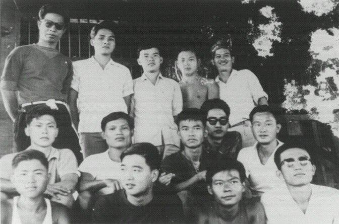 prisoners-in-Lard-Yao-Prison-672x445
