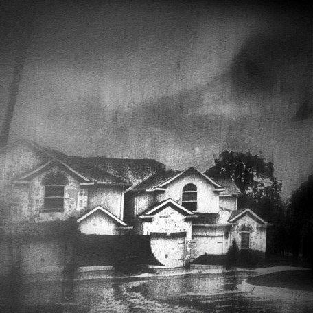 gogoloopie_grey_house_1