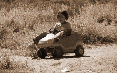 'Navajo Girl' - Photo by Vlasta Juricek (creative commons)