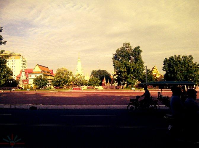 Zashnain_Phnom_Penh_2_AK_Rockefeller