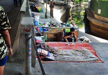 zash-bkk-homeless